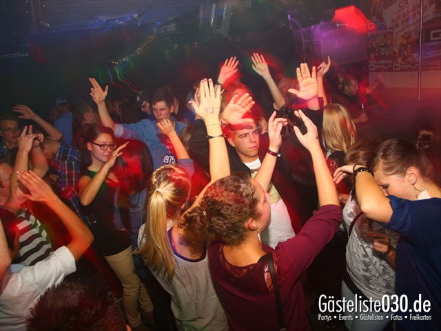 https://www.gaesteliste030.de/Partyfoto #120 Q-Dorf Berlin vom 11.10.2012