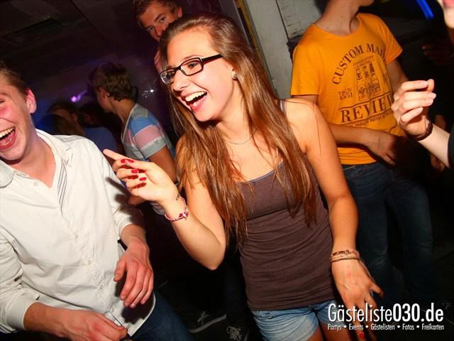https://www.gaesteliste030.de/Partyfoto #13 Q-Dorf Berlin vom 11.10.2012