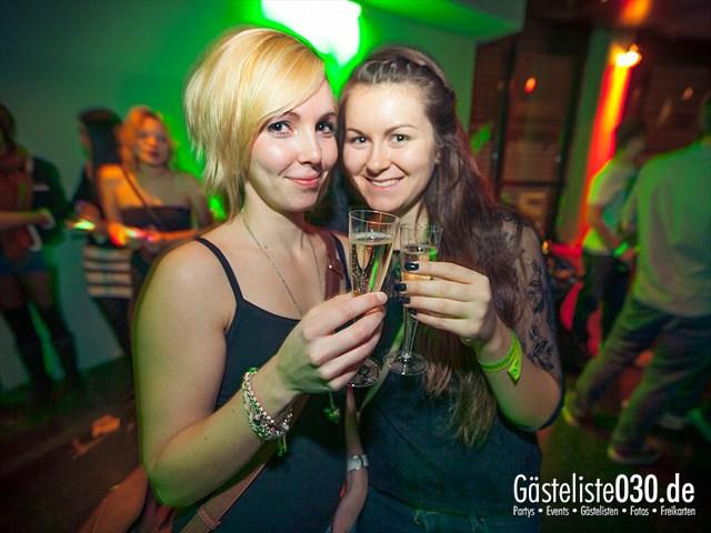 https://www.gaesteliste030.de/Partyfoto #41 E4 Berlin vom 02.11.2012