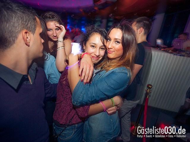https://www.gaesteliste030.de/Partyfoto #128 E4 Berlin vom 02.11.2012