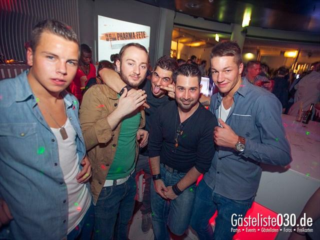 https://www.gaesteliste030.de/Partyfoto #143 E4 Berlin vom 02.11.2012