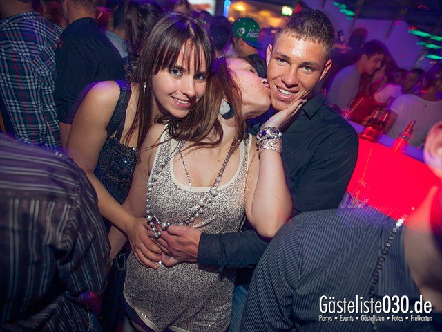 https://www.gaesteliste030.de/Partyfoto #20 E4 Berlin vom 02.11.2012