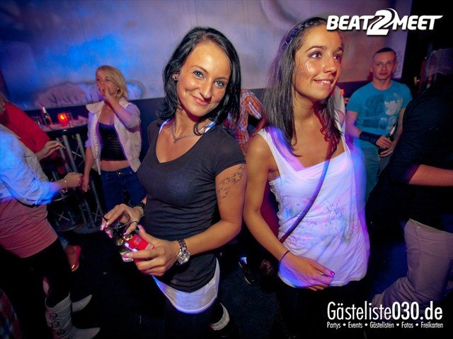 https://www.gaesteliste030.de/Partyfoto #141 Kontrast Discothek Berlin vom 27.10.2012
