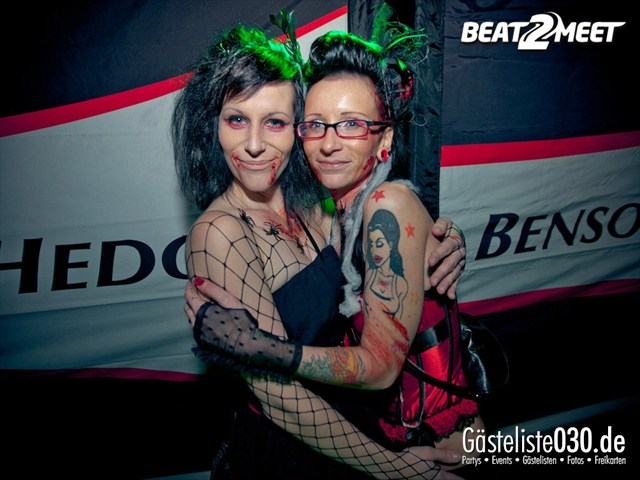 https://www.gaesteliste030.de/Partyfoto #139 Kontrast Discothek Berlin vom 27.10.2012