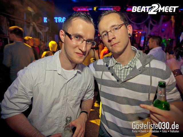 https://www.gaesteliste030.de/Partyfoto #215 Kontrast Discothek Berlin vom 27.10.2012