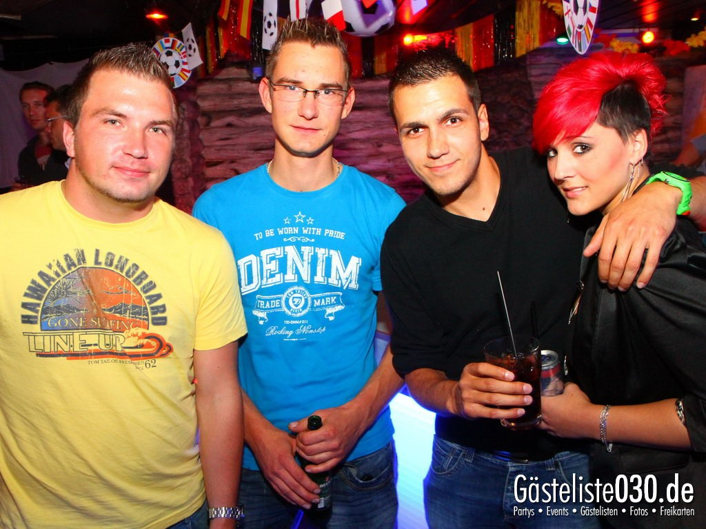 Partyfoto #49 Q-Dorf 26.06.2012 Black Attack
