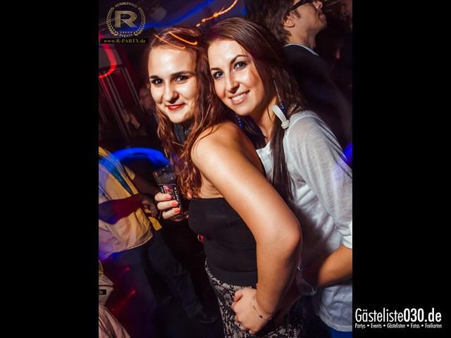 https://www.gaesteliste030.de/Partyfoto #21 Maxxim Berlin vom 15.09.2012