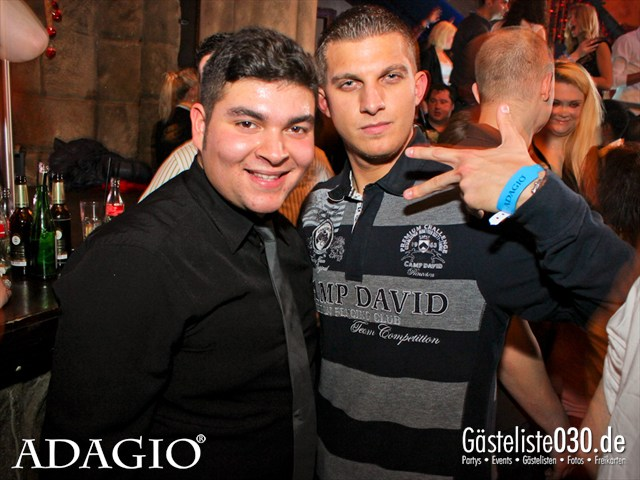 https://www.gaesteliste030.de/Partyfoto #40 Adagio Berlin vom 01.12.2012