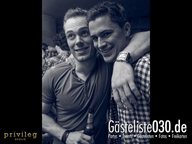 https://www.gaesteliste030.de/Partyfoto #23 Asphalt Berlin vom 19.10.2012