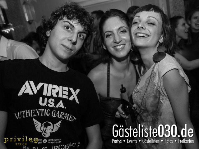 https://www.gaesteliste030.de/Partyfoto #83 Asphalt Berlin vom 19.10.2012