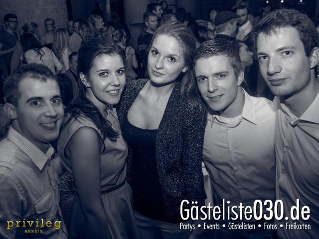 https://www.gaesteliste030.de/Partyfoto #2 Asphalt Berlin vom 19.10.2012