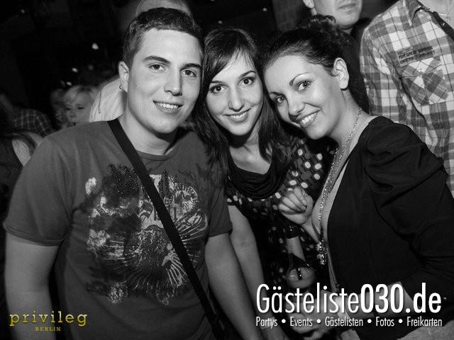 https://www.gaesteliste030.de/Partyfoto #43 Asphalt Berlin vom 19.10.2012