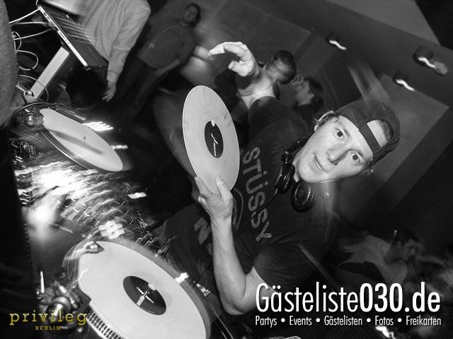 https://www.gaesteliste030.de/Partyfoto #76 Asphalt Berlin vom 19.10.2012