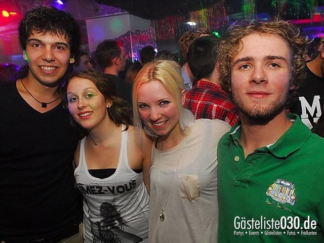https://www.gaesteliste030.de/Partyfoto #153 Q-Dorf Berlin vom 27.06.2012