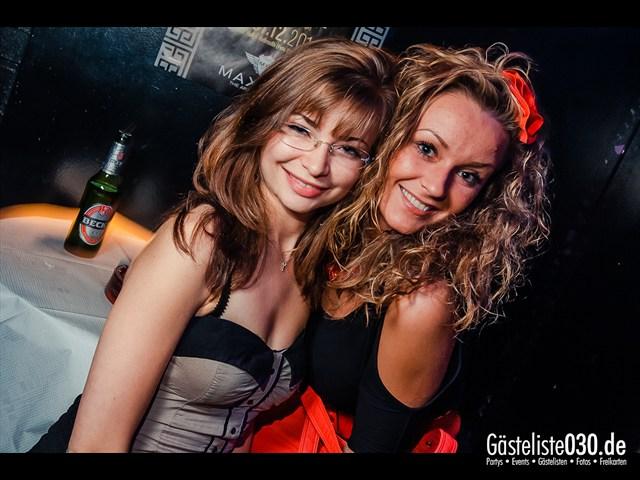 https://www.gaesteliste030.de/Partyfoto #2 Maxxim Berlin vom 08.10.2012