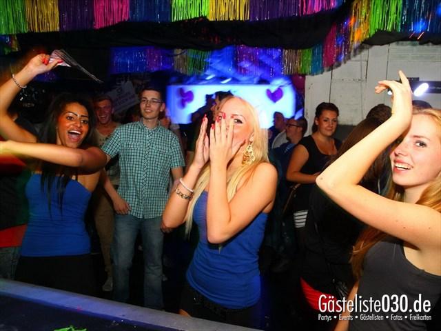 https://www.gaesteliste030.de/Partyfoto #129 Q-Dorf Berlin vom 21.09.2012