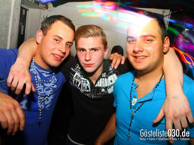https://www.gaesteliste030.de/Partyfoto #155 Q-Dorf Berlin vom 21.09.2012