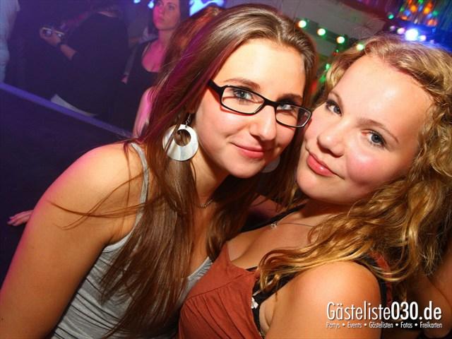 https://www.gaesteliste030.de/Partyfoto #145 Q-Dorf Berlin vom 21.09.2012