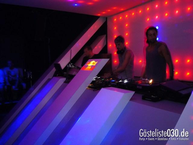 https://www.gaesteliste030.de/Partyfoto #2 Soda Berlin vom 06.10.2012