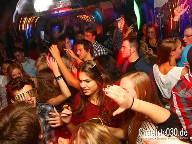 https://www.gaesteliste030.de/Partyfoto #134 Q-Dorf Berlin vom 29.09.2012