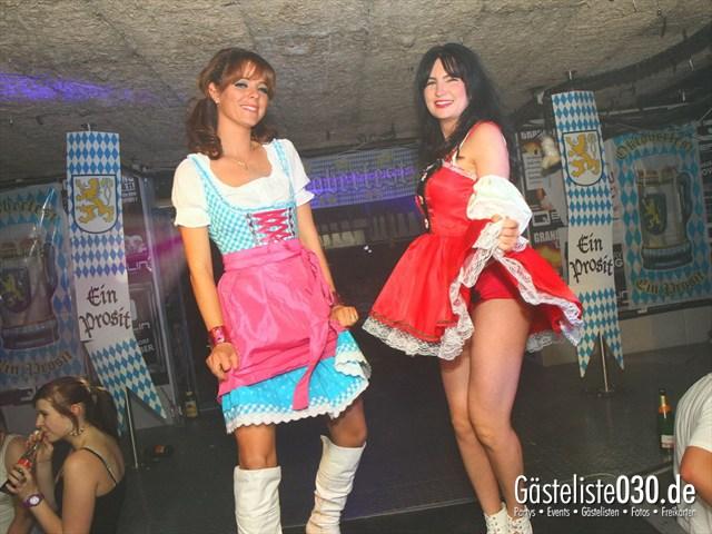 https://www.gaesteliste030.de/Partyfoto #166 Q-Dorf Berlin vom 29.09.2012