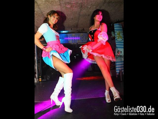 https://www.gaesteliste030.de/Partyfoto #137 Q-Dorf Berlin vom 29.09.2012