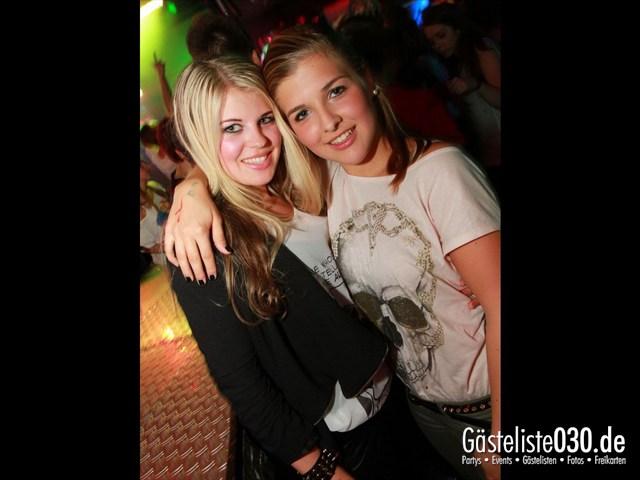 https://www.gaesteliste030.de/Partyfoto #27 Q-Dorf Berlin vom 27.09.2012