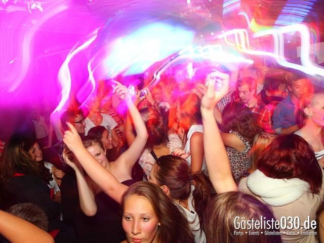 https://www.gaesteliste030.de/Partyfoto #46 Q-Dorf Berlin vom 27.09.2012