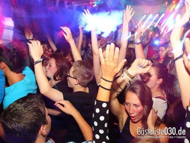 https://www.gaesteliste030.de/Partyfoto #98 Q-Dorf Berlin vom 27.09.2012