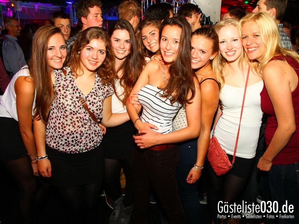 Partyfoto #76 Q-Dorf 27.09.2012 World Tour - We Love Tourists