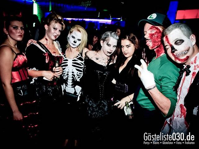 https://www.gaesteliste030.de/Partyfoto #126 Q-Dorf Berlin vom 27.10.2012