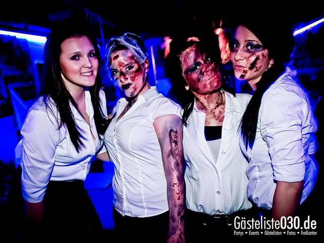 https://www.gaesteliste030.de/Partyfoto #162 Q-Dorf Berlin vom 27.10.2012