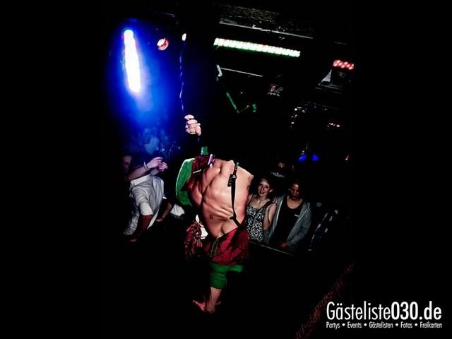https://www.gaesteliste030.de/Partyfoto #145 Q-Dorf Berlin vom 27.10.2012