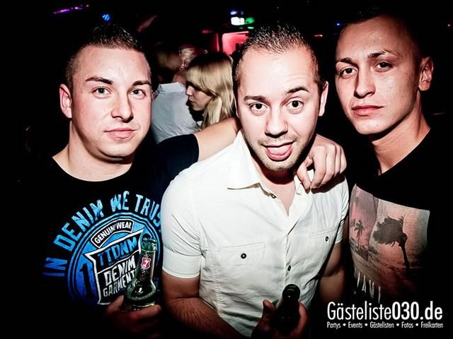 https://www.gaesteliste030.de/Partyfoto #128 Q-Dorf Berlin vom 27.10.2012