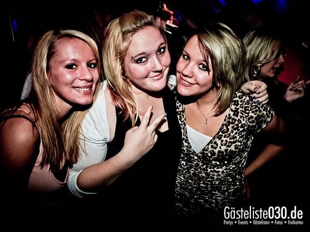 https://www.gaesteliste030.de/Partyfoto #108 Q-Dorf Berlin vom 27.10.2012