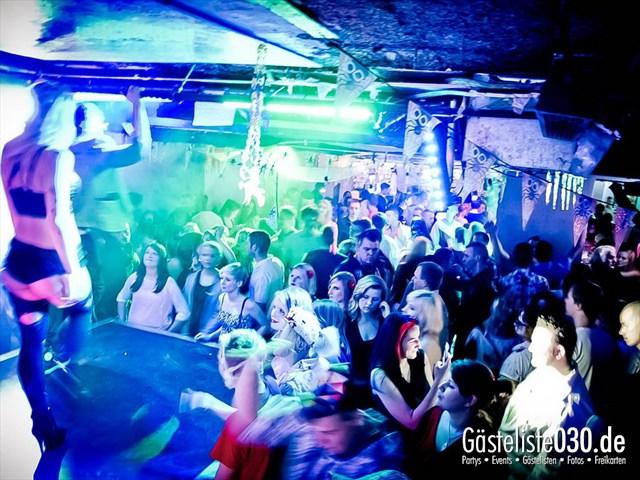 https://www.gaesteliste030.de/Partyfoto #43 Q-Dorf Berlin vom 27.10.2012