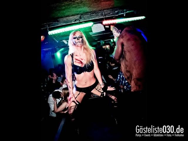 https://www.gaesteliste030.de/Partyfoto #204 Q-Dorf Berlin vom 27.10.2012