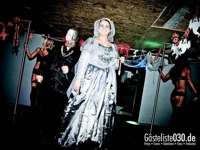 https://www.gaesteliste030.de/Partyfoto #151 Q-Dorf Berlin vom 27.10.2012