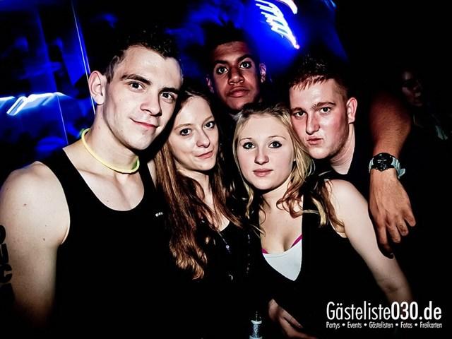 https://www.gaesteliste030.de/Partyfoto #156 Q-Dorf Berlin vom 27.10.2012