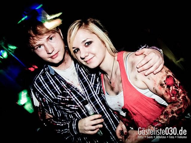 https://www.gaesteliste030.de/Partyfoto #14 Q-Dorf Berlin vom 27.10.2012