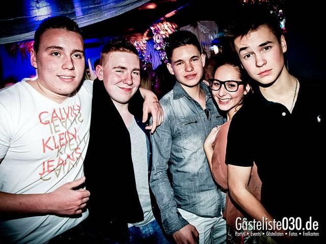 https://www.gaesteliste030.de/Partyfoto #141 Q-Dorf Berlin vom 27.10.2012