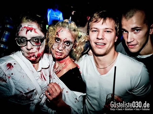https://www.gaesteliste030.de/Partyfoto #227 Q-Dorf Berlin vom 27.10.2012
