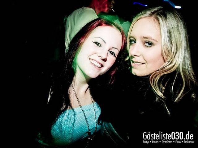 https://www.gaesteliste030.de/Partyfoto #179 Q-Dorf Berlin vom 27.10.2012