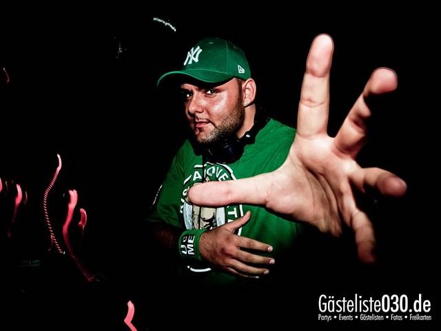 https://www.gaesteliste030.de/Partyfoto #199 Q-Dorf Berlin vom 27.10.2012