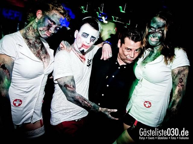 https://www.gaesteliste030.de/Partyfoto #133 Q-Dorf Berlin vom 27.10.2012
