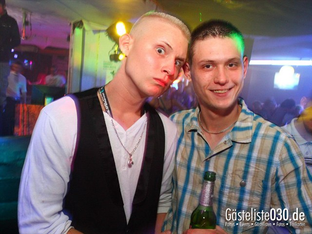 https://www.gaesteliste030.de/Partyfoto #106 Q-Dorf Berlin vom 30.05.2012