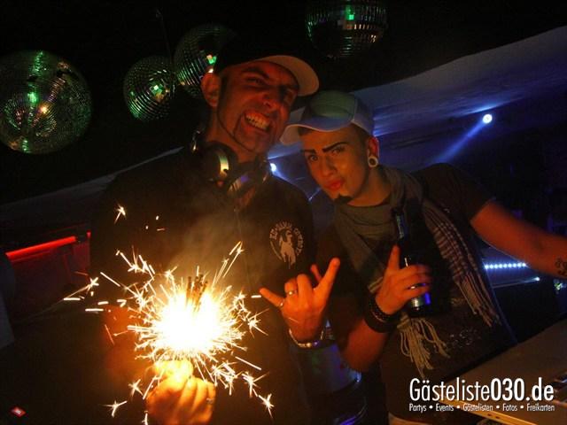 https://www.gaesteliste030.de/Partyfoto #135 Q-Dorf Berlin vom 30.05.2012