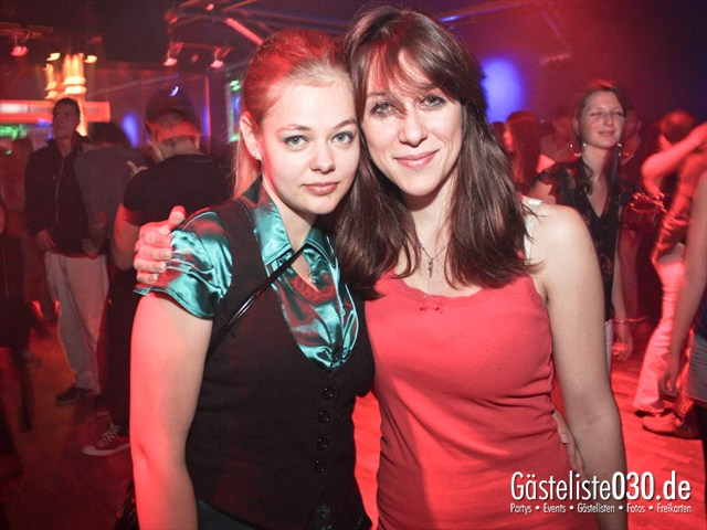https://www.gaesteliste030.de/Partyfoto #63 Soda Berlin vom 05.10.2012
