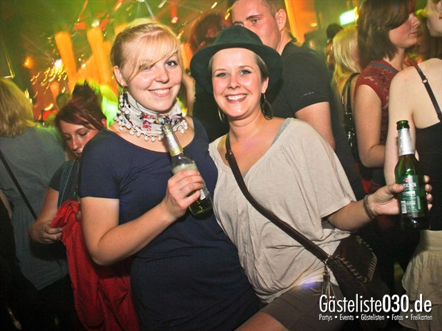 https://www.gaesteliste030.de/Partyfoto #86 Soda Berlin vom 05.10.2012