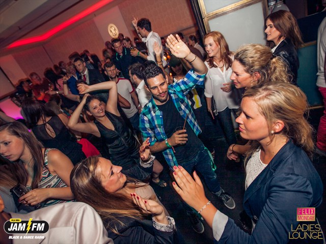 https://www.gaesteliste030.de/Partyfoto #30 Felix Berlin vom 01.07.2013